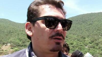 José Manuel Figueroa sí llegó a la misa de Joan, pero 'lejitos' de la familia de su padre