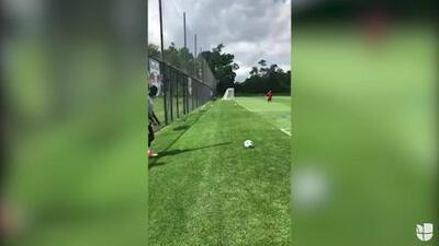 Wright-Phillips se entretiene marcando goles olímpicos