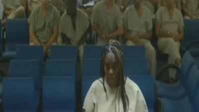 Ante una corte son presentados los empleados del asilo de Hollywood Hills en el que murieron 12 ancianos