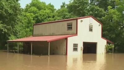 Desde Texas hasta Nueva Jersey: más de 30 millones de personas en siete estados amanecen con alerta de tornados