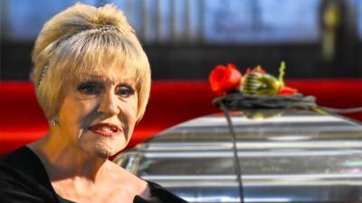 """Anel Noreña no es """"monedita de oro"""", pero dice que brilló en el funeral de José José gracias a """"las Saritas"""""""