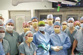 Electrocutado recibió transplante de rostro