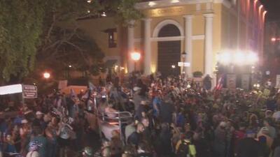 Con cánticos y hasta con una cabalgata: así protestaron este viernes los puertorriqueños para pedir la renuncia de Rosselló