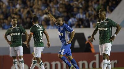 Racing Club 4-2 Deportivo Cali: Racing golea a Deportivo Cali y manda en el Grupo 3