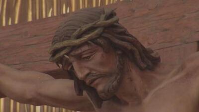 Cientos de católicos conmemoran la pasión y muerte de Jesucristo en Houston