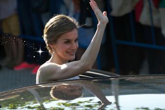 La Reina Letizia cumple hoy 44 años y la celebramos recordando sus más emblemáticos vestidos