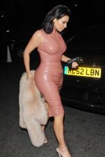 Kim se arriesgo con el Latex