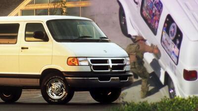 Así es la van del sospechoso de enviar paquetes bomba a Barack Obama y otras personalidades