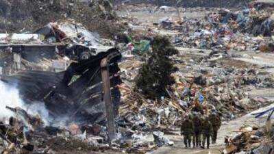 Número de víctimas de sismo y tsunami en Japón sigue aumentando