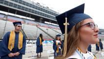 A pesar de las dificultades que presentó la pandemia, más de 11,000 estudiantes de HISD tendrán ceremonia de grado