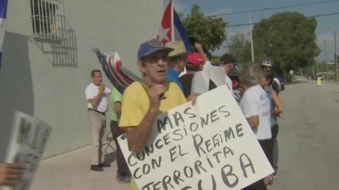 La organización Vigilia Mambisa protesta por acuerdo entre la MLB y Cuba para beisbolistas de la isla
