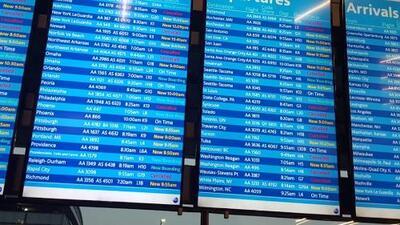 Cancelan más de 450 vuelos en aeropuertos de Chicago
