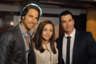 El elenco de Tres Veces Ana se reunió para ver el gran estreno por Univision