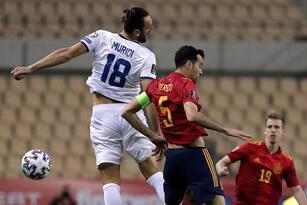 España se impone ante Kosovo 3-1 durante la tercera Jornada de la eliminatoria rumbo al Mundial de Catar 2022. El único tanto para la escuadra kosovar, fue por parte de Besar Halimi al minuto 70, y para los españoles descontaron Dani Olmo (34'), Ferrán Torres (36') y Gerard Moreno Balagueró (75') y se coloca en primer lugar del grupo B.