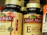 Retiran del mercado productos Nature Made por posible presencia de estafilococo o salmonella