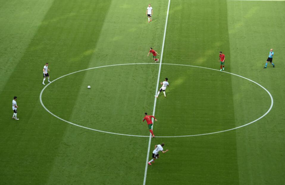 EN VIVO | Gnabry empuja el balón a las redes pero en fuera de lugar