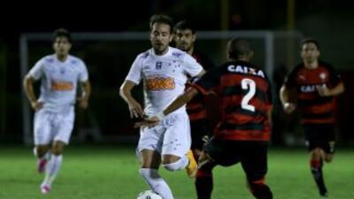 Cruzeiro regresa a la senda del triunfo al derrotar a Vitória