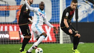 Lassana Diarra se desvinculó del Al Jazira y tiene vía libre al PSG