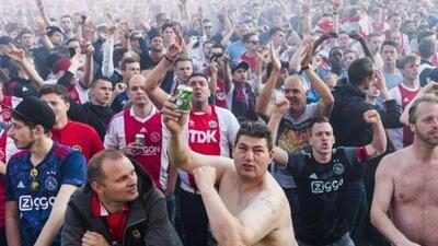 Cuatro ultras detenidos antes del Ajax vs. Real Madrid en Amsterdam