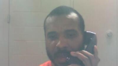 """""""Lamento muchísimo su pérdida, pero no tuve nada que ver con esto"""", el mensaje que envió desde prisión un luchador acusado del homicidio de su exnovia y un amigo de Texas"""
