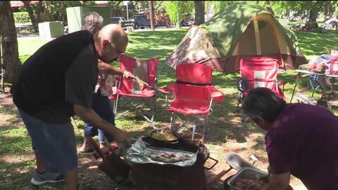 Familias celebran la Pascua en parques de San Antonio
