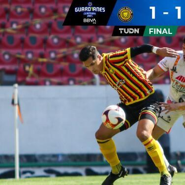 ¡Le arrebatan el triunfo! Alebrijes rescata el 1-1 frente Leones Negros
