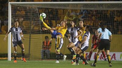 En fotos: Tigres y Rayadas igualan en la ida por la Final de la Liga MX Femenil
