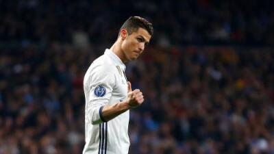 Real Madrid se repone y supera al Nápoles en la ida de octavos de final