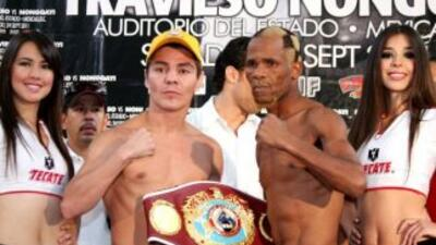Jorge 'Travieso' Arce y Simphiwe Nongqayi superaron la báscula