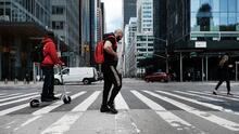 Extienden la moratoria de desalojos para inquilinos y comerciantes en Nueva York