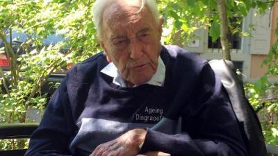 """""""Cuál es el propósito de vivir así"""": muere en Suiza el científico de 104 años que optó por el suicidio asistido"""