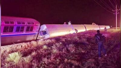 Tren de Amtrak se descarrila en Kansas