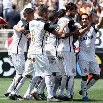 Corinthians se mantiene en lo más alto del Brasileirao al derrotar a Figueirense