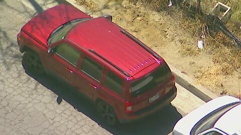 Encuentran tres cadáveres dentro de una camioneta en el sur de California