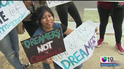 Casos reales de la migra: Donald Trump apoya una vía de ciudadanía para los dreamers