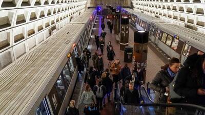 Cómo un tuit sobre el metro acabó con un negocio editorial y terminó en una demanda de $13 millones