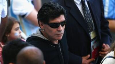 Maradona siente amargura porque Argentina no arranca y Messi está ''muy solo''