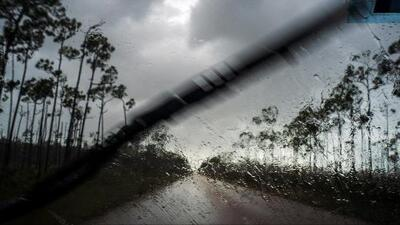 En un minuto: El huracán Dorian frena sobre las Bahamas y causa daños catastróficos