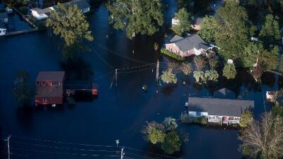Casas bajo el agua y carreteras inundadas, así se ve la destrucción de Florence desde el aire