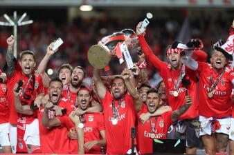 En fotos: Benfica celebra la conquista de su título 37 ante el Santa Clara