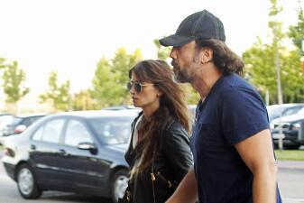 Javier Bardem acompañó a Penélope Cruz en el funeral de su padre