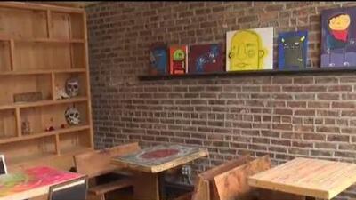 El tradicional café La Catrina deja el vecindario de Pilsen tras siete años de servicio