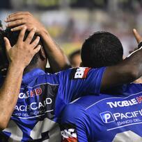 Emelec 3-1 LDU Quito:  Emelec aplasta en la final de ida a Liga de Quito