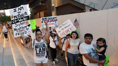 Una amenaza real contra DACA: la decisión de un juez de Texas puede afectar el futuro de los dreamers