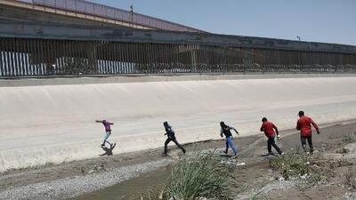 Presidente Trump habría considerado dispararles en las piernas a los inmigrantes en la frontera