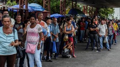 Un mes de trabajo no alcanza para 1 kilo de queso: la hiperinflación pulveriza el salario en Venezuela