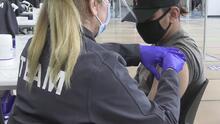 Bakersfield es la nueva meca de las vacunas para los jóvenes del sur de California