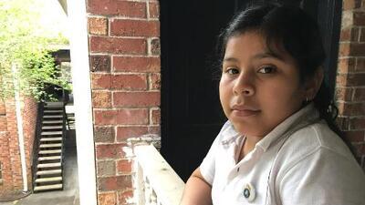 """""""No tengo a nadie en El Salvador"""": esta niña de 11 años enfrenta la deportación por un error de la corte"""