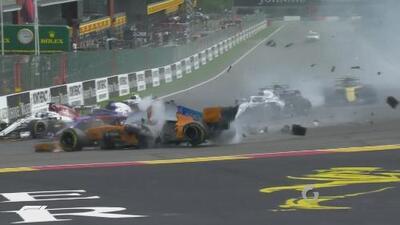 ¡Accidentado inicio! Alonso salió volando tras choque con Hulkenberg en el GP de Bélgica