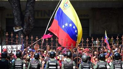 ¿Qué ciudadanos venezolanos califican para el asilo político en los Estados Unidos?